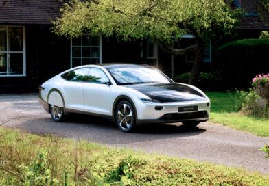 O primeiro carro elétrico solar de longo alcance do mundo foi lançado pela Bridgestone e Lightyear